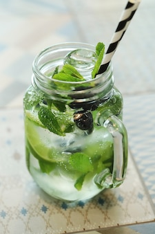 Mojito cocktail. highball cubano tradicional.