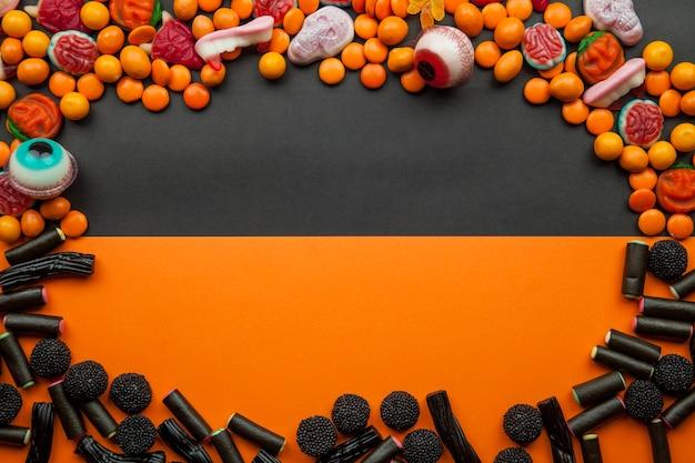 Moldura com doces e lentilhas