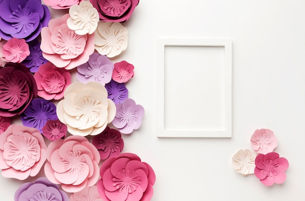 Moldura de vista superior com ornamentos florais