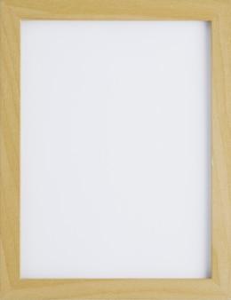 Moldura minimalista de madeira com espaço vazio