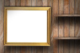 Moldura na parede de madeira