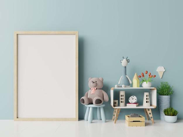 Molduras para fotos em branco no interior do quarto de criança.