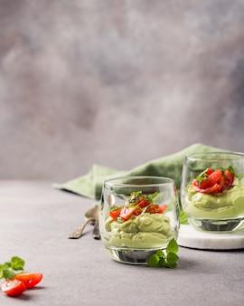 Molho de guacamole fresco