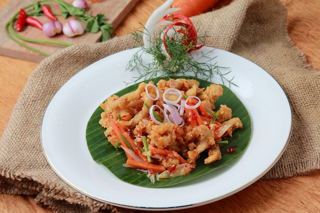 Molho vietnamita de lula crocante