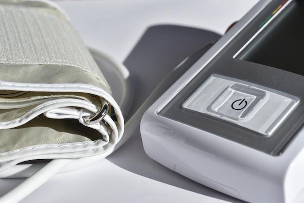 Monitor de pressão arterial eletrônico médico