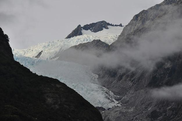 Montanha franz josef glacier na nova zelândia