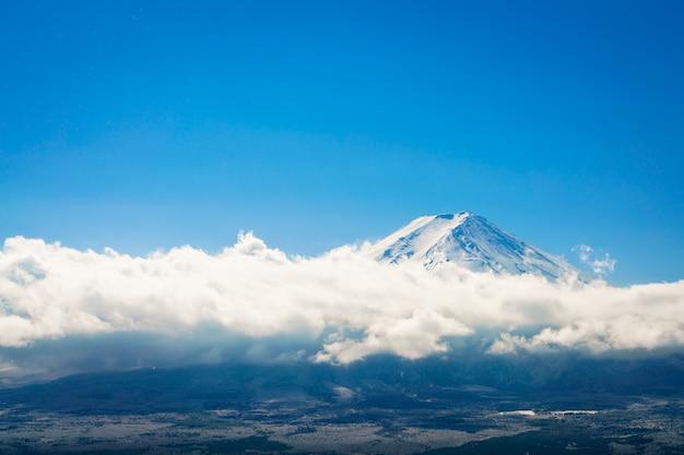 Montanha fuji com o céu azul, o japão