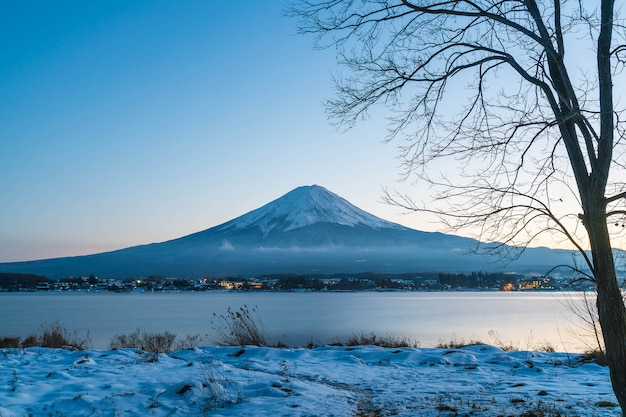 Montanha fuji san no lago kawaguchiko.