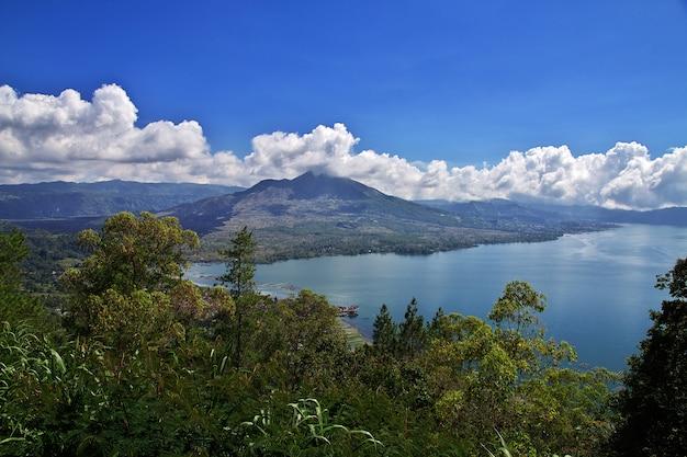 Montanha na ilha de bali