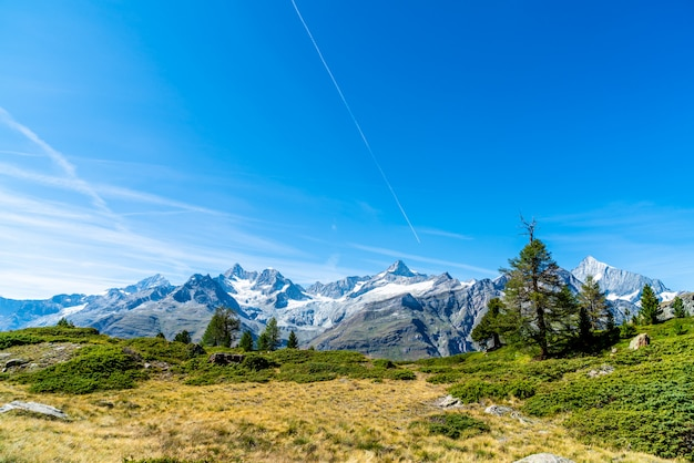 Montanhas alpes, em, zermatt, suíça