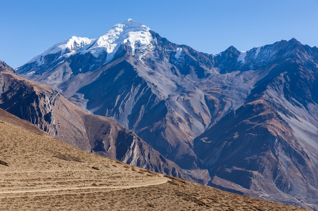 Montanhas do himalaia, nepal.