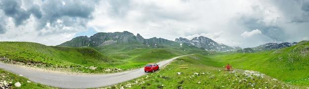 Montanhas montenegrinas