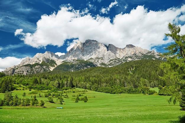 Montanhas, perto, san, candido, vila