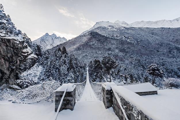 Montanhas, região everest