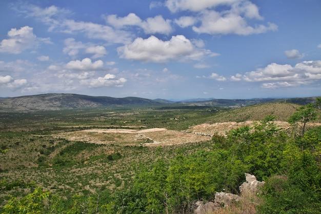 Montanhas verdes da bósnia e herzegovina