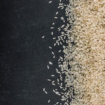 Monte de arroz branco