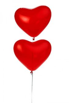 Monte de balões vermelhos em forma de coração