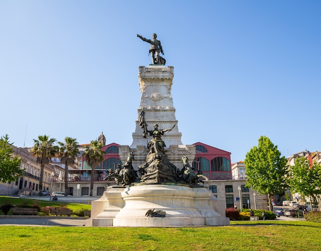 Monumento a henry porto