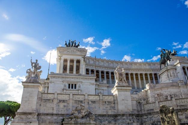 Monumento a victor emmanuel ii (vittoriano) em roma