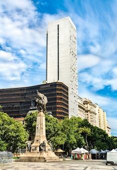 Monumento ao marechal floriano peixoto no rio de janeiro, brasil