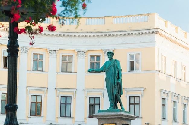 Monumento azure duque de richelieu