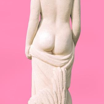 Monumento da arte minimalista da moda renascentista