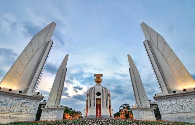 Monumento da democracia bangkok tailândia