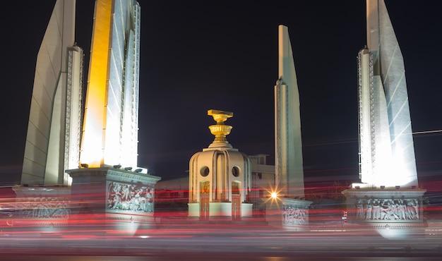 Monumento da democracia na cidade de banguecoque