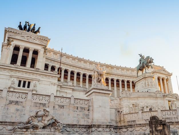 Monumento de vittorio emanuele ii em roma, itália