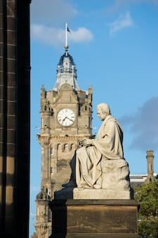Monumento de walter scott. edimburgo. escócia. reino unido.