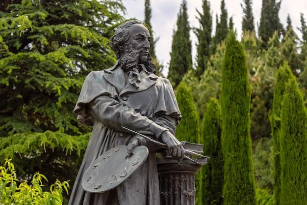 Monumento partenit crimea ao artista aivazovsky no paradise park