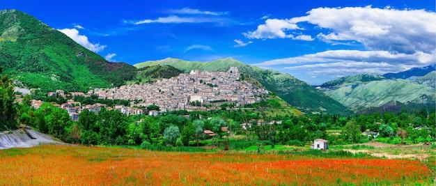 Morano calabro - uma das mais belas aldeias (borgo medieval) da itália. calabria