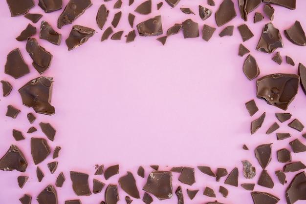 Mordidas de chocolate em forma de moldura