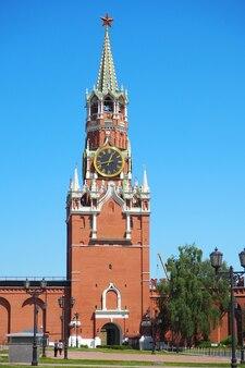 Moscou, rússia - 5 de junho de 2021: torre spasskaya do kremlin de moscou