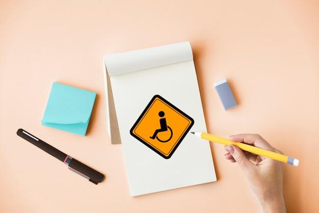 Mostrar sinal de aviso de deficiência de cadeira de rodas