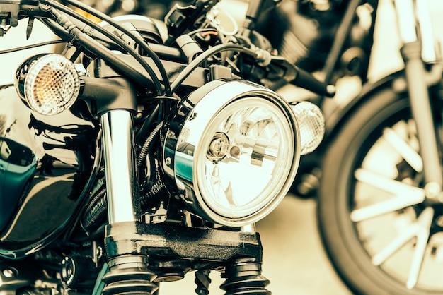 Motor de lâmpada metal cromado brilhante
