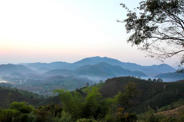 Mountain view de phu huay isan em nong khai, tailândia.