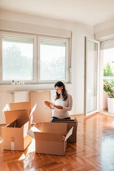 Mover-se para nova casa.