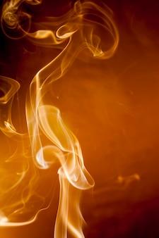 Movimento de fumaça de ouro.