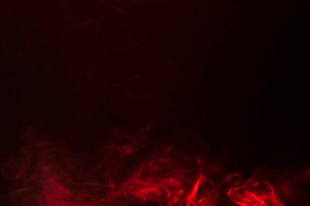Movimento de textura de sobreposição de fumaça vermelha com espaço de cópia