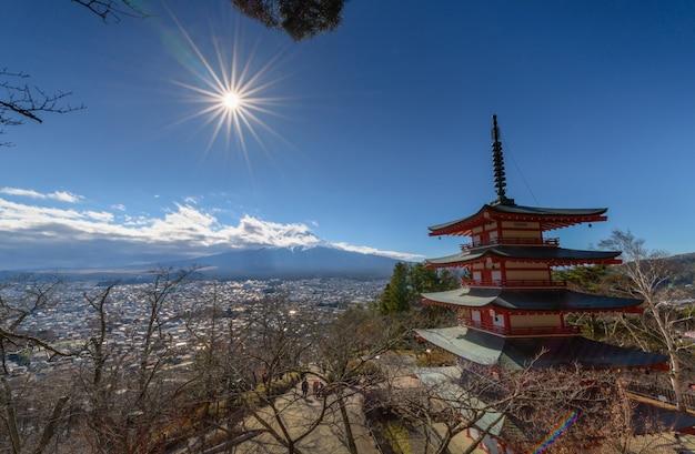 Mt. fuji com chureito pagoda no outono