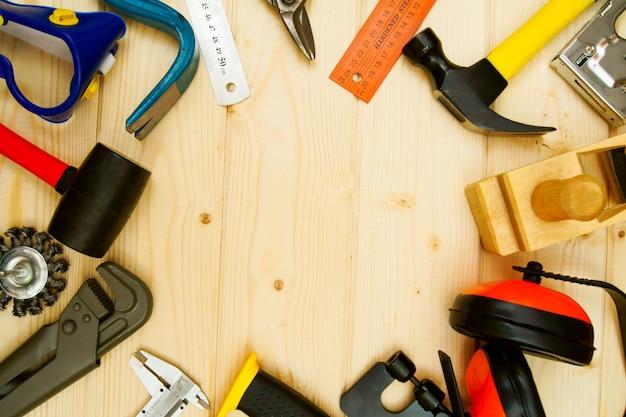 Muitas ferramentas de trabalho as diferentes ferramentas de trabalho