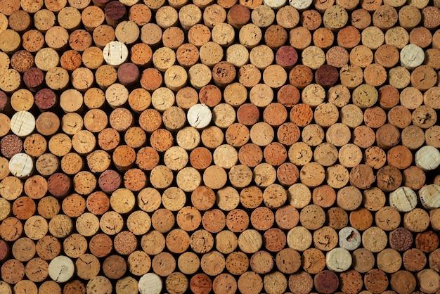 Muitas rolhas de vinho usadas, fundo de design criativo