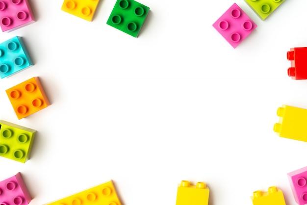 Muitos tijolos de brinquedo