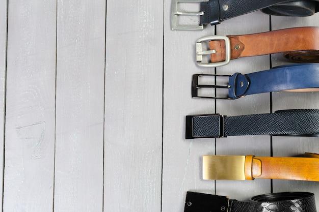 Muitos tipos de cintos