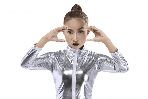Mulher asian, desgastar, prata, látex, paleto