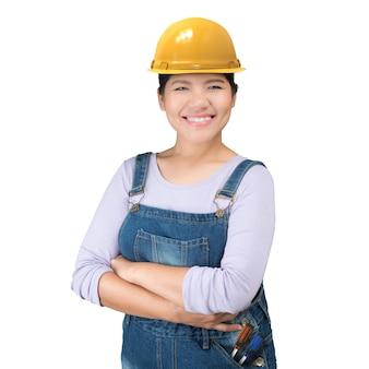 Mulher asiática de engenharia usando capacete de segurança e macacão