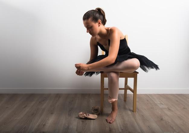 Mulher ballet em estúdio