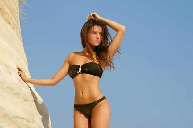Mulher bonita na praia