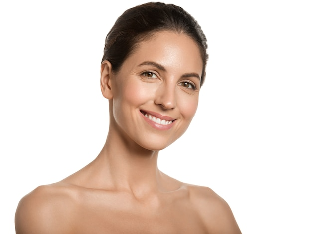 Mulher bonita pele saudável beleza rosto conceito cosmético
